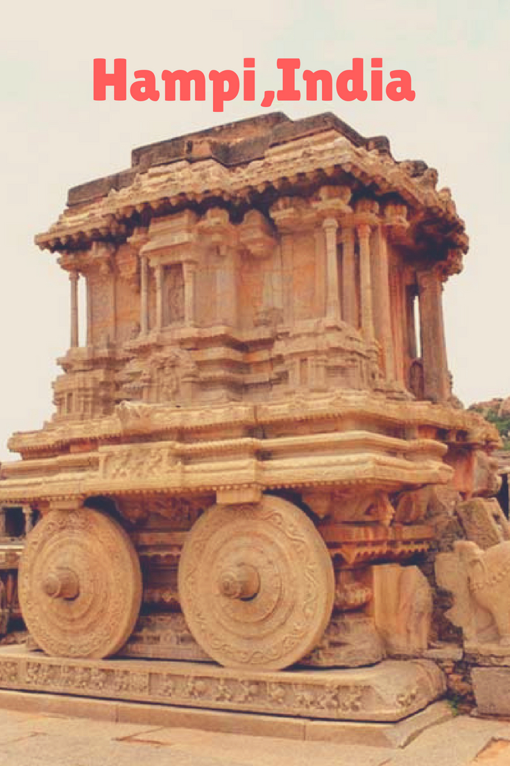 Ruins of Hampi and how to travel experience the ruined city!