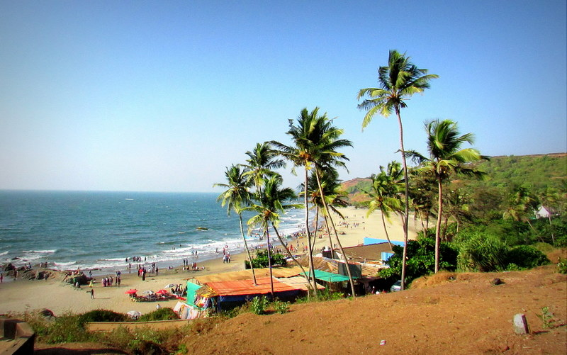 vagator beach how to reach