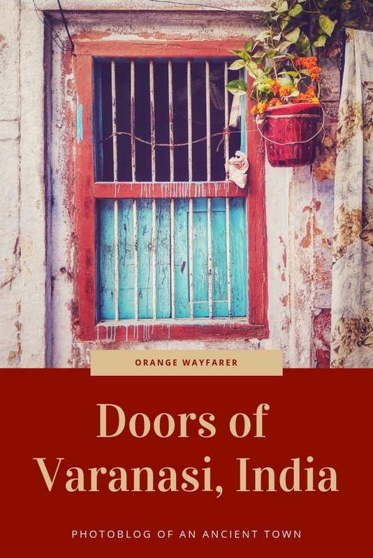This blog showcases the beautiful doors of Varanasi, the old town of India. You can use this as a guide for street photography practices in india too! #door #varanasi #india #varanasiphotoblog