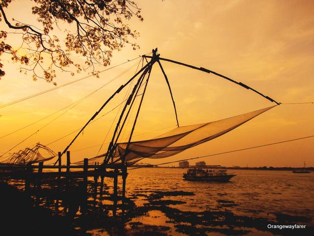 Sunset at Kochi Sea Beach and Chinese nets