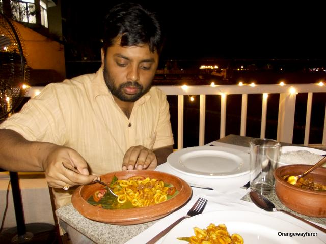 Squid cooked in earthen pot at Fort Kochi, Kerala, Best seafood restaurant!