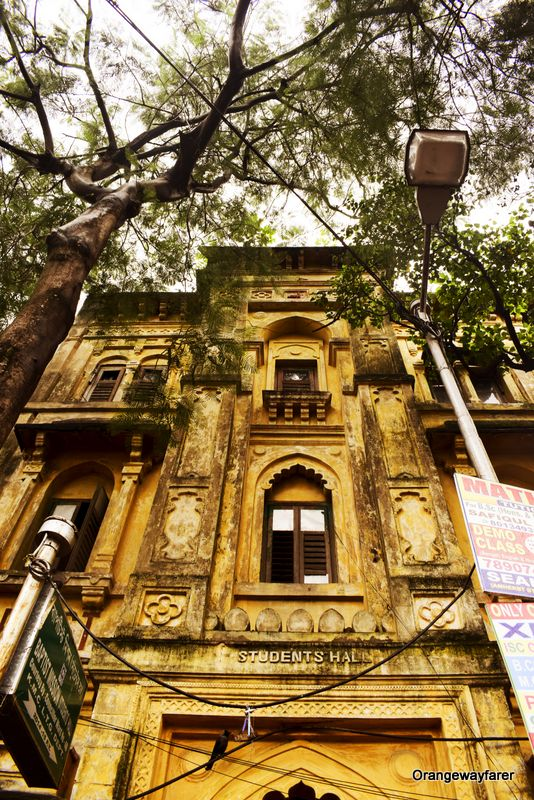 College Street Asiatic Society Student Hall  Best places to go for photography in Kolkata to exBest Instagram spots from Kolkata College Street, Ganges, Park Street, heritage places. #kolkata #calcutta #india #travelblogger #photography #culturetrip