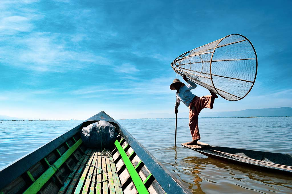 Things to do at Inle Lake. Intha Fishermen of Myanmar.