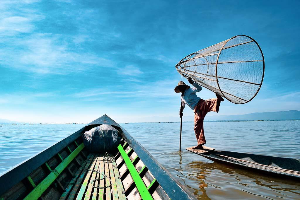 Things to do at Inle Lake. Intha Fishermen of Myanmar.
