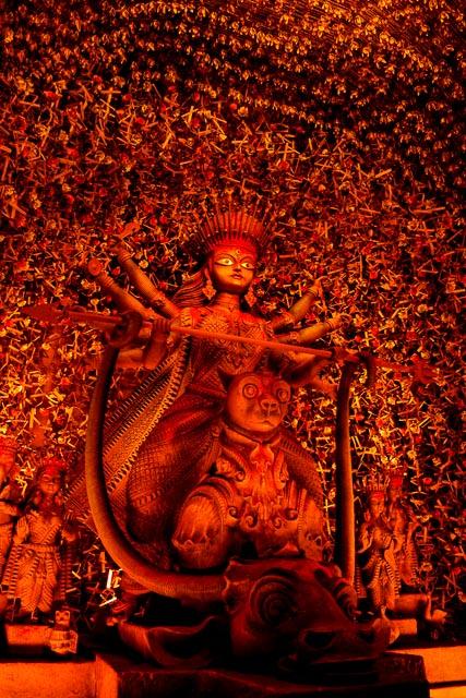 durga thakur photo. maa durga in Kolkata. #durga #kolkata #kolktaculture #maadurga #kolkataphotography #india #hindufestival #indiaculture #bengalculture #indiafestival #indiatravel #kolkatatravel #goddess
