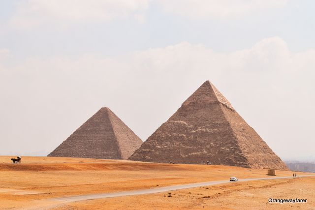 is it safe to travel to egypt pyramids