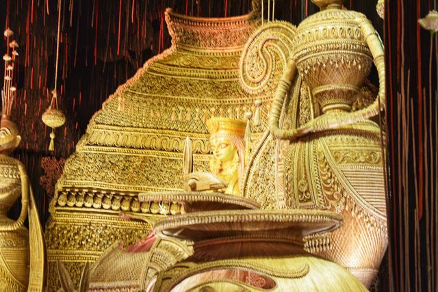 #durga #kolkata #kolktaculture #maadurga #kolkataphotography #india #hindufestival #indiaculture #bengalculture #indiafestival #indiatravel #kolkatatravel #goddess