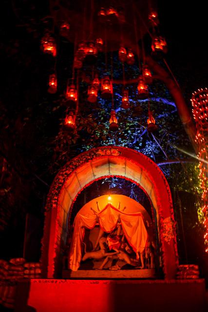 durgapuja festival photo: maa Durga in a rustic set up  #durga #kolkata #kolktaculture #maadurga #kolkataphotography #india #hindufestival #indiaculture #bengalculture #indiafestival #indiatravel #kolkatatravel #goddess