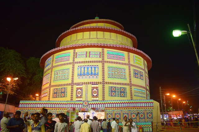 durgapuja pandal from Park circus: photo gallery