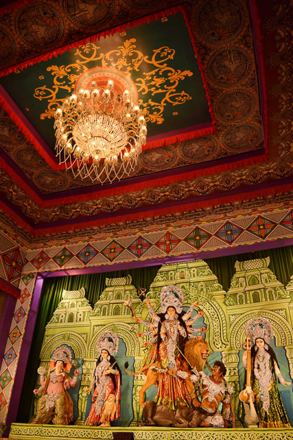 durga pandal in Kolkata    #durga #kolkata #kolktaculture #maadurga #kolkataphotography #india #hindufestival #indiaculture #bengalculture #indiafestival #indiatravel #kolkatatravel #goddess