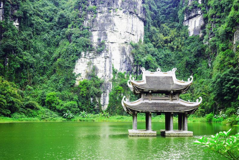 na thrang ninh binh places to visit near Hanoi
