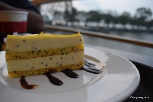 Poppy seed cheesecake at Cong Cafe