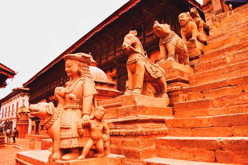 Bhaktapur Durbar Square, a travel guide with top things to do in Bhaktapur