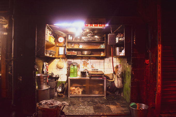 Lassi shop in Kolkata. Best places to eat in Kolkata. Sharma Milk Shop at deckers Lane Kolkata