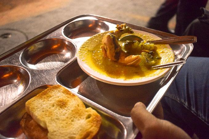 Chicken Stew at Chitto babur dokan at Deckers Lane Kolkata, the very famous deckers lane chicken stew of Calcutta