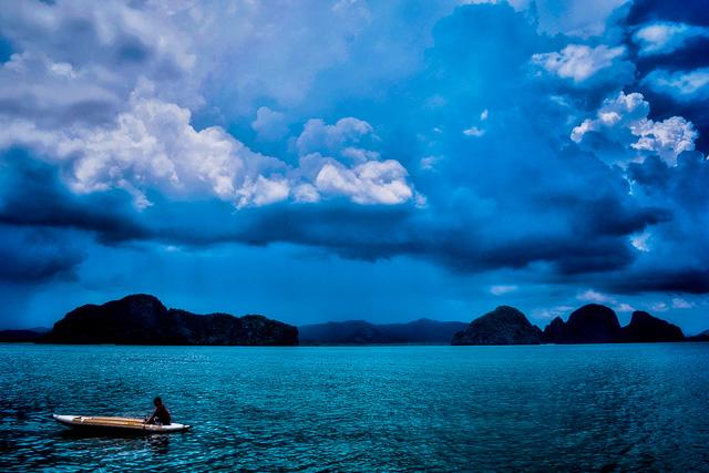 Kayaking at james Bond Island Phuket