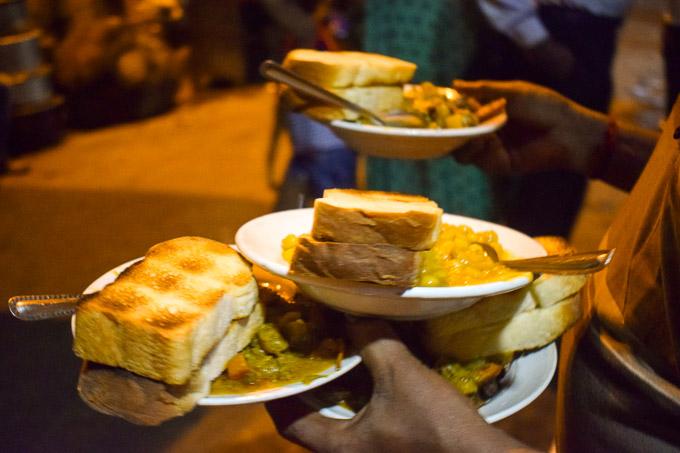 Bun and Chicken stew at Decker's Lane, Kolkata