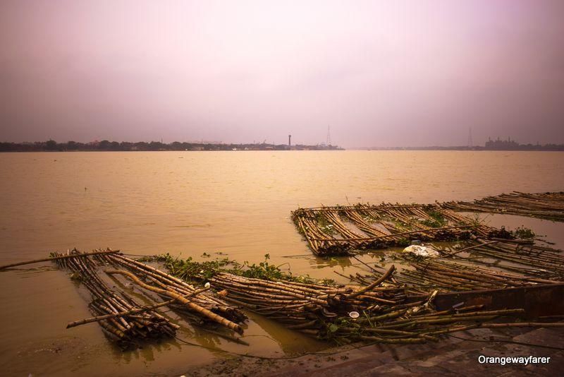 Shoshan Ghat by Ganga, Kolkata