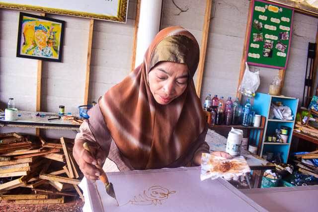 Batik printing by Muslim women at Koh Yai Yoi. Activities with Locals: Responsible tourism practice in Thailand