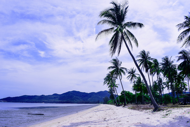 Empty beaches in Thailand: Koh Yai Yoi
