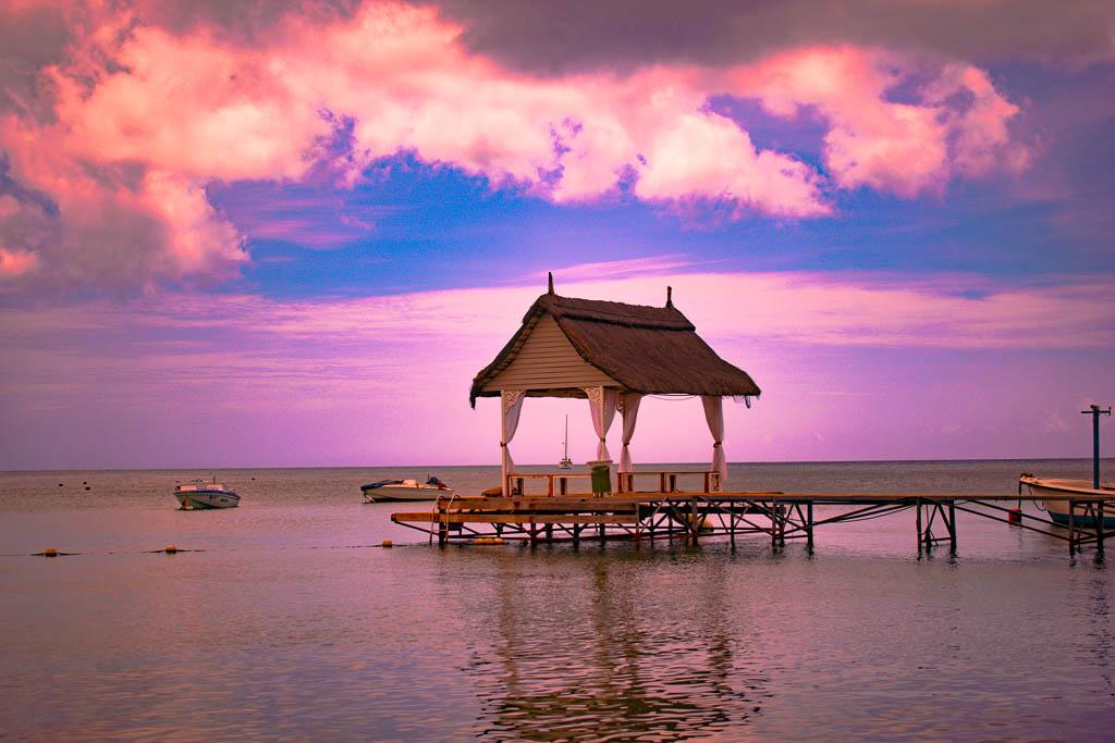 Sunset Ravenala Attitude hotel: Instagram Spots in Mauritius