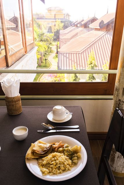 Breakfast at Spring inle lodge