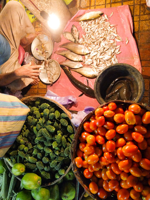 new market or local market: which one is better in Kolkata