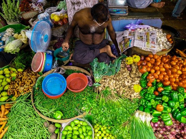 famous fish market in kolkata