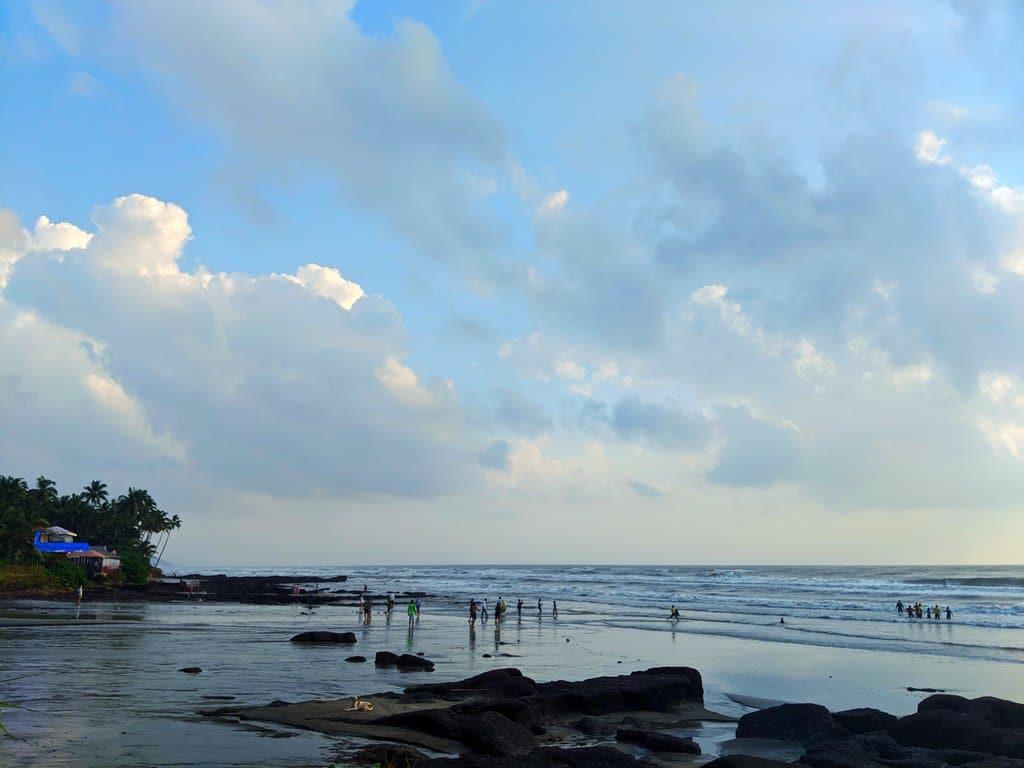 Mandrem beacg: goa travel tips