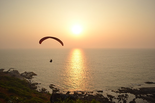 Paragliding Goa: Watersports in Goa