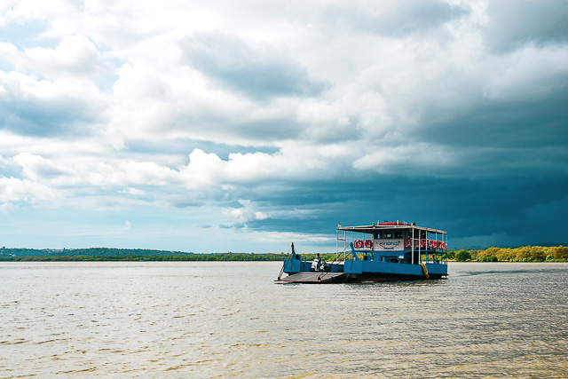 Government ferry at Divar Raibandar. This is the way to reach Divar Island. Offbeat Goa.