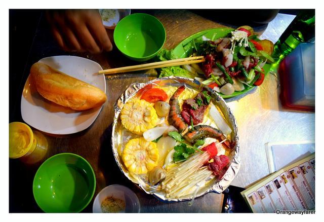 Hot Plate in Hanoi
