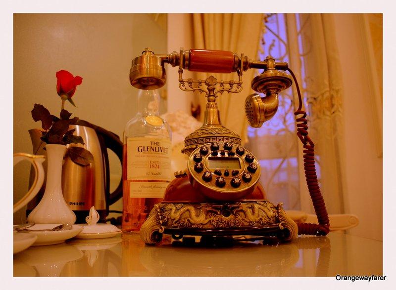 Hanoi Royal guest house room