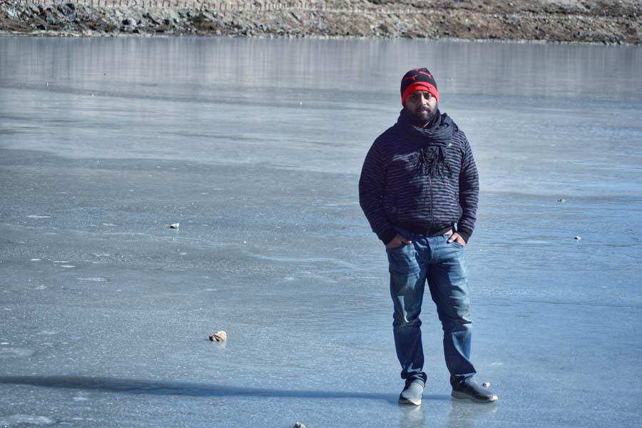 Frozen Sela Lake