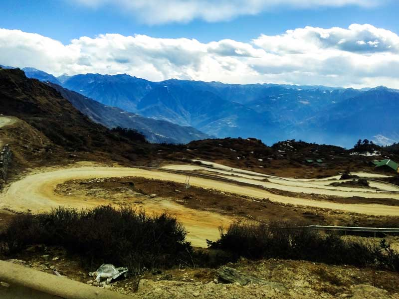 Road to Bum la