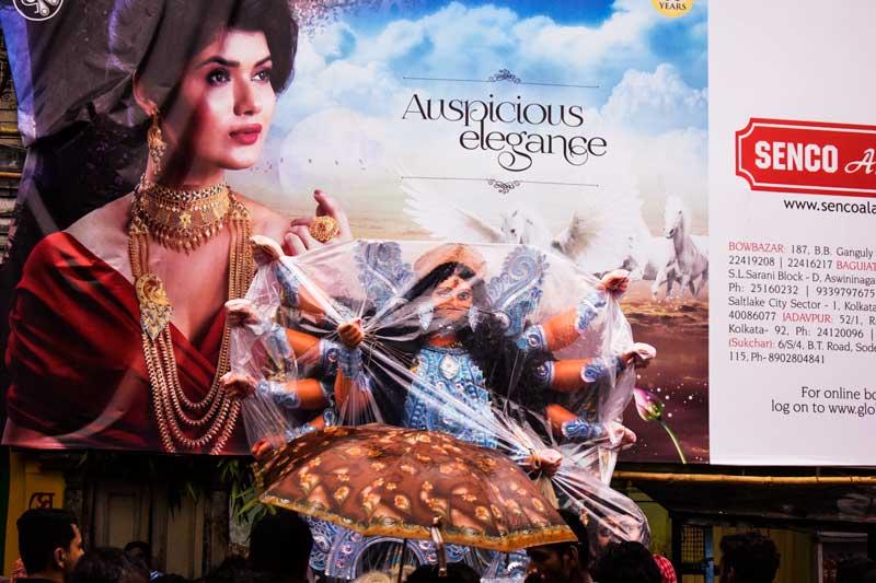 kumartuli Durga Pratime: beautiful Durga Image from Kolkata being taken to Mandap