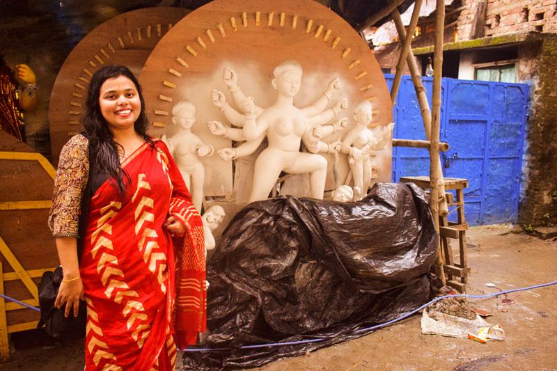 Madhurima Chakraborty Orange Wayfarer Travel blogger Kumartuli