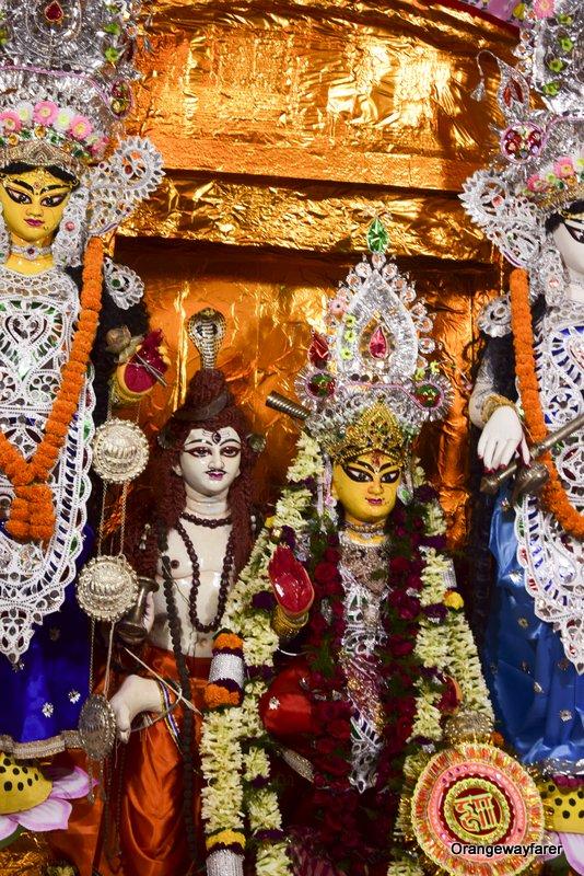 Mallick Bari, the Durgapuja of Baishnabdas Mallick Family. Baishab barir shib puja. dutta bari thanthania