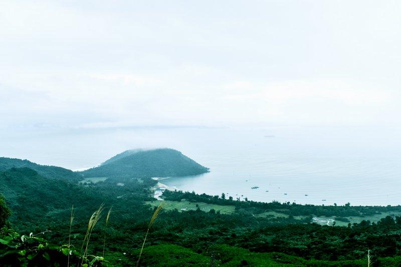 Hai Van Pass view
