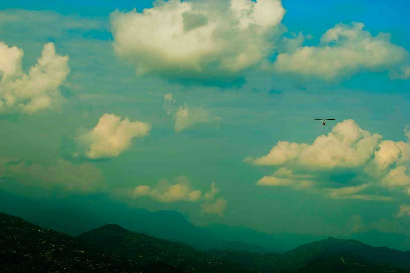 Microlight flight over mount everest