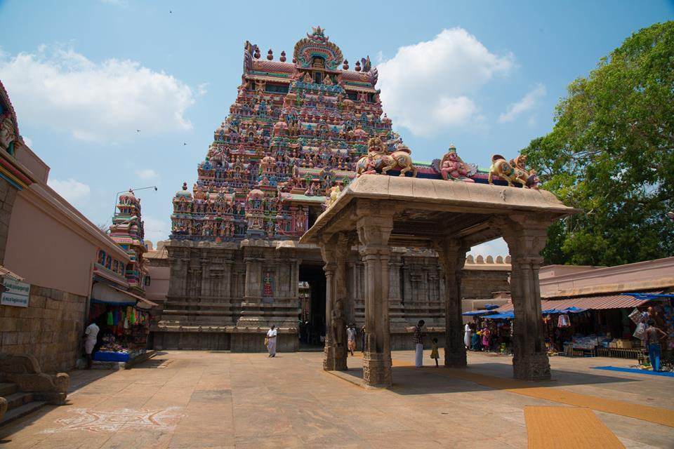 Sri Rangam Temple: The Largest Hindu Temple in the World!