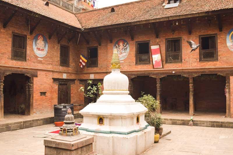 Bhaktapur houses the famed Mahavihars, namely Lokeswor Mahavihar, Prasannasheel Mahavihar, Chatu Brahma Mahavihar, Jaya Kirti Mahavihar, Sukra-Varna Mahavihar, Dipanker Mahavihar and quite a few Buddhist shrines.