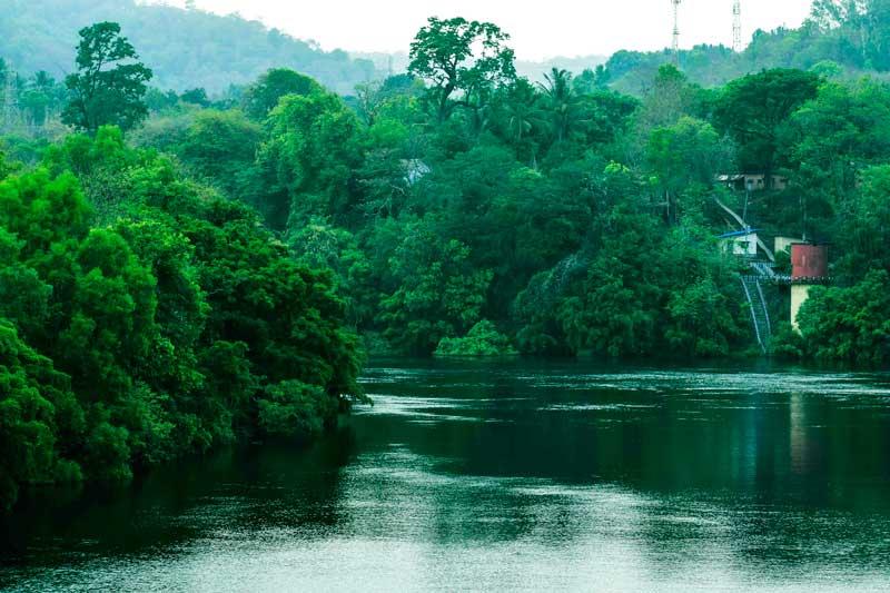 Supa Dam on Kali river that flows from Dudhsagar