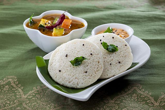 Vada: breakfast in Mysore