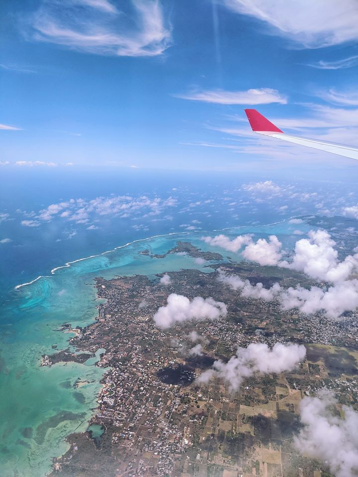 Mauritius from the air. #mauritius #mymauritius #mauritiustrip #africa #indianocean #honeymoondestinationsinafrica #honeymoontrip #beachvacation #mauritiusculture #mauritiuslove