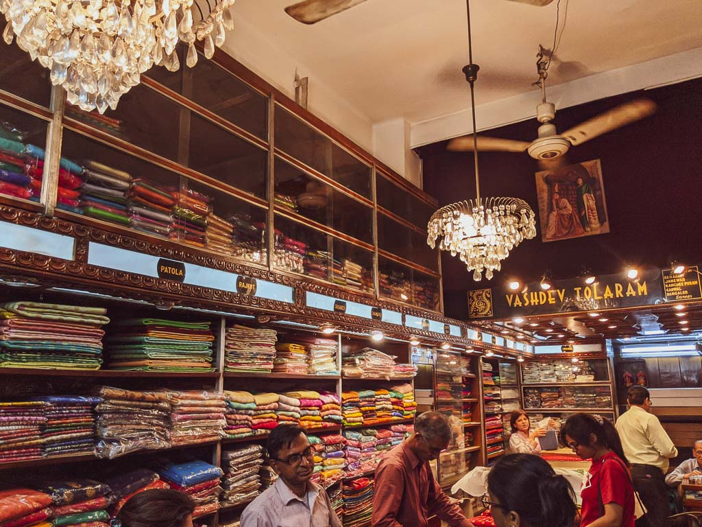 Byasdev Tolaram: Places to buy saree in Kolkata
