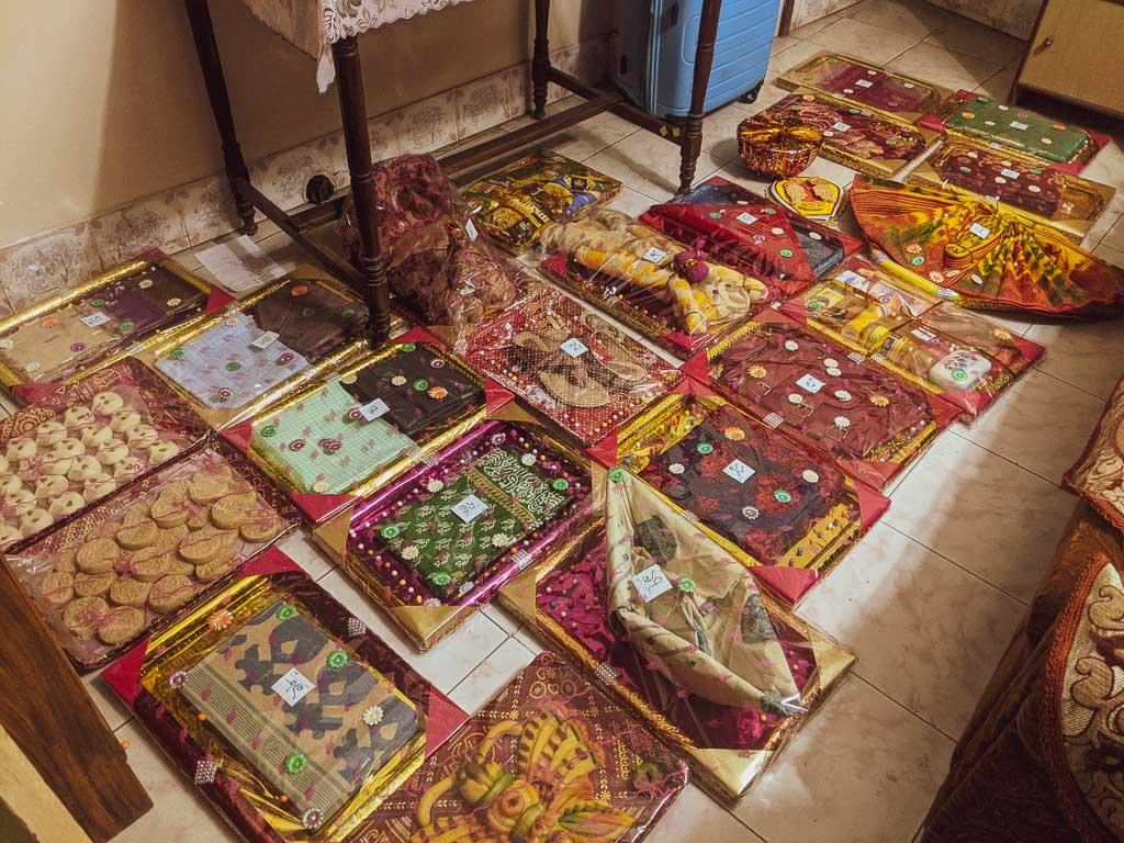 Totwo: Bengali wedding gifts