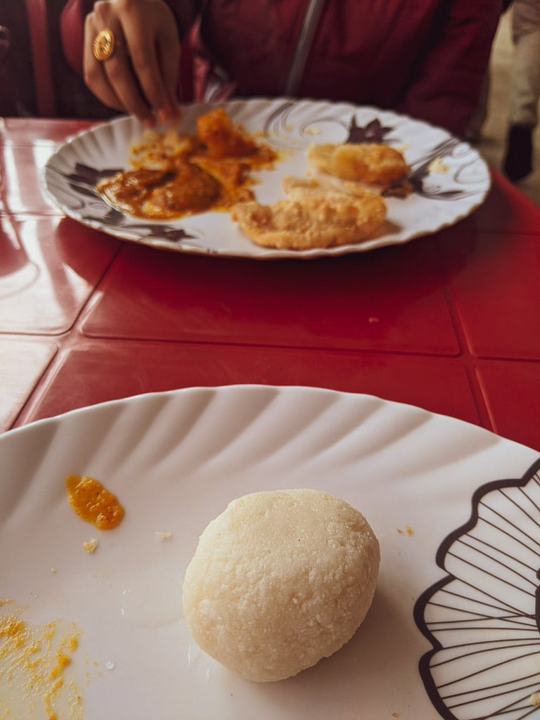 rosogolla: what do they eat in a aBengali wedding