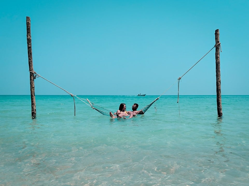 Swing in the sea at the Bottle Beach, Koh Phangan: the best beaches in Thailand