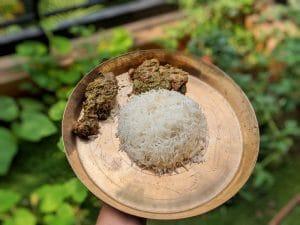 Kancha Lonka Murgir Jhol: chicken curry with green chillies